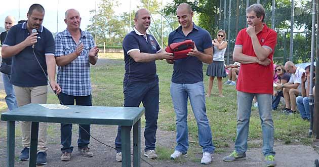 Il Comune di Serrone consegna il defibrillatore alla società sportiva Asd Scalambra