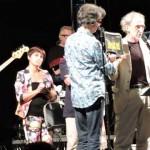 """Artena. Applausi al Colubro per il concerto degli """"Stadio"""" e per la donazione di un defibrillatore"""