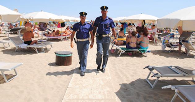 polizia-spiaggia-02.jpg (630×330)