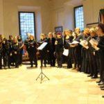 """Artena. Grande successo per il concerto """"La passione di Cristo nella musica sacra e nella tradizione popolare"""" all'ex Granaio Borghese"""