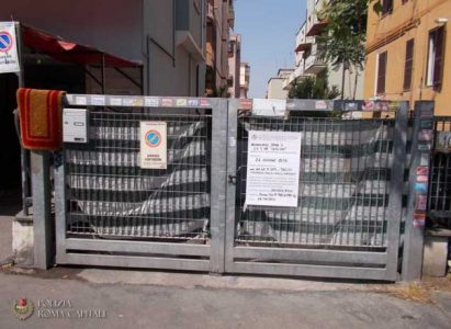 Roma-Polizia-Locale-sequestro-garage-01