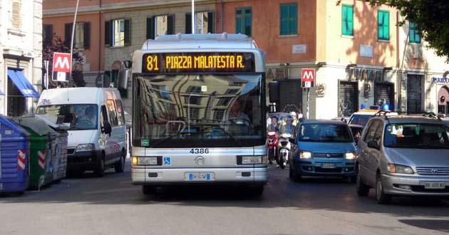 Roma-Atac-bus-81.jpg