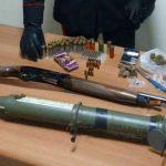 """Zagarolo. Armi da guerra, hashish e marijuana. Nella """"santabarbara"""" anche un lancia granate. 43enne del posto arrestato dai Carabinieri"""