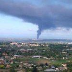 Incendio alla Eco X di Pomezia. A 12 ore dall'esplosione i Vigili del fuoco sono ancora a lavoro. Queste le prescrizioni delle autorità