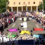"""La Scuola dell'Infanzia dell'Istituto Comprensivo Colleferro 1 si esibisce all'aperto con il progetto """"Emozioni in Piazza""""… Italia [Foto]"""