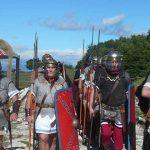 """Questo weekend. Castelli """"sotto assedio"""". Legionari romani al Tuscolo, borghi invasi da uva e vino, e dai… ricercatori!"""